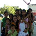 RT @SandraFloresG: Hoy niñas con sueños, mañana mujeres con visión! Amor y respeto para nuestras niñas! Barrio Los Caobos #Barinas http://t.co/QSQqUwC0sb