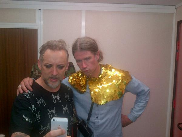 Rob Da Bank and @BoyGeorge trying to work out how to use a camera! Lol http://t.co/JtMt8b7ZIO