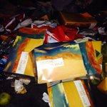 #tocopilla empresa Tur bus bota basura en Bolívar con 21 de mayo @sanromantoco que hará con respecto a esto? http://t.co/hnYA9rZbXR