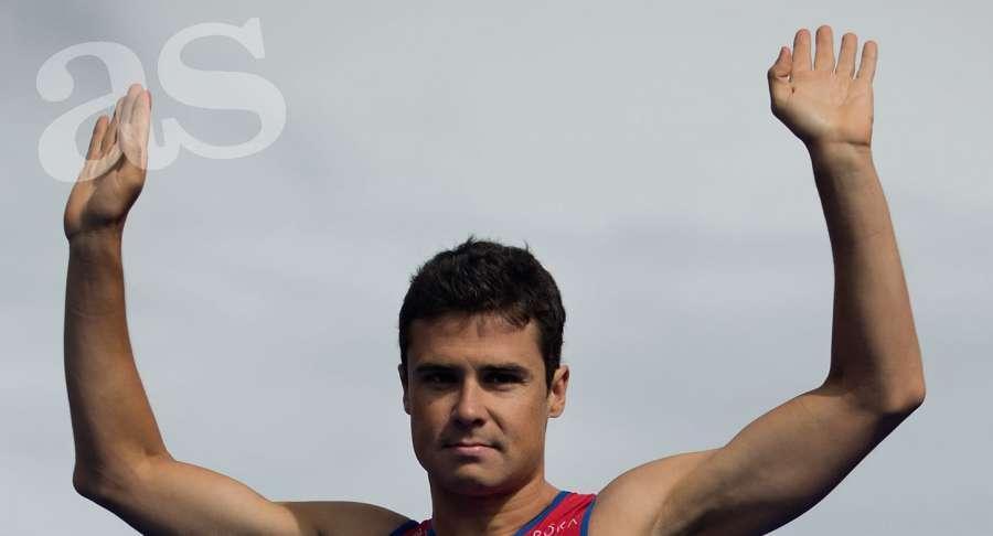 RT @diarioas: Noya se proclama campe?n del mundo por cuarta vez http://t.co/NTrJJZnhPg http://t.co/xQhWLFzqls