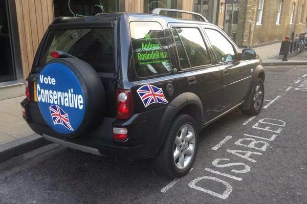 Able-bodied Conservative MP for Romford, Andrew Rosindell's car parked in a disabled spot. http://t.co/w6vNLu4G0o