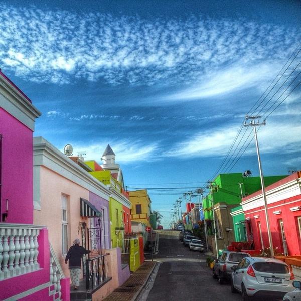 #lovecapetown's Bo-Kaap is among CNN's favourite architectural neighbourhoods. http://t.co/G19keWR4bt http://t.co/hA5jHSfN36