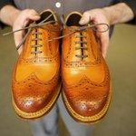 RT @fashionsnap: トッド・スナイダー、英国のシューメーカー「グレンソン」とカスタムオーダー会開催 http://t.co/AXpRIr3BWL http://t.co/h0aU25MbBh