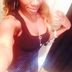 """RT @SHATEKIA_DHAQUA: """"@iAM_RodWill: Ladies RT with a full body pic and your height ????""""53 http://t.co/EzcZgNYiRX"""