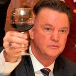 """""""@TSBible: Manchester United have the worst defence for a long time... Sign Falcao. http://t.co/g6O5wdj02T"""" #DoesntGiveAFuck"""