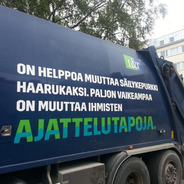 Aamun ajatus löytyi roska-auton kyljestä http://t.co/3ZjpSPG80X