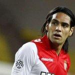RT @Footballogue: [#Transfert] Selon la presse Colombienne, Falcao va sengager aujourdhui avec Manchester United ! http://t.co/K96eJq5kLY