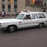 RT @cupenat: RT @CUPE129: Check out this vintage ride. @Local416 has been providing vital services for a long long time http://t.co/nZRSWnRSxM #LabourDay