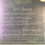 Its 2-4-1 burger Monday served 12-9pm happy hour on selected drinks 4-8 @drinkinbtn #Hove #brighton http://t.co/jj16RXjQ09