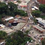 """@YosefMel: CARACAS: PROTESTA en la vía Baruta - La Limonera 08:10AM #1S http://t.co/khvC8TiT4S via @mestune cc @TraffiCARACAS""#Venezuela"