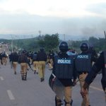 RT @SaimaMohsin: Clashes on Margalla Rd. Protestors charged up from constitution avenue. Hundreds of police in riot gear #Pakistan http://t.co/LxKobkNNhx