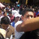 Cuauhtémoc Gutierrez depredador sexual mandó grupos de choque a encapsular protesta contra su exhoneración en IEDF http://t.co/3bp5YnEqMc