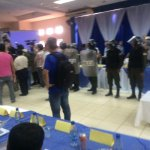RT @LaRazon_Bolivia: Vuelve la policia al congreso de FBF http://t.co/roocn95iio