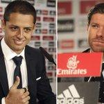 """[Fotogalería] """"#Chicharito"""" Hernández fue presentado en el Real, y #XabiAlonso en el Bayern >http://t.co/mvFCYNmFBc http://t.co/QiOPUFEzxZ"""