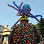 RT @jaaabeee: Labor day balloon man. Quincy Market. #boston #laborday @universalhub http://t.co/7gzyeg1rkG