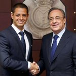RT @realmadriden: Chicharito Hernández signs his contract with Real Madrid http://t.co/5Lvp0aCns2 #WelcomeChicharito #HalaMadrid http://t.co/b6jt4mOWfe