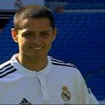 RT @Univ_Deportes: Real Madrid presenta al Chicharito en rueda de prensa; pisa el césped del Santiago Bernabéu http://t.co/KX2gZKmKVt http://t.co/QcHcvVjmGH
