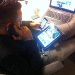 RT @AfterRMC: Deux portables, un PC et une tablette? Apparemment @mohamedbouhafsi est sur 4 infos transferts http://t.co/9hdaisnr3F http://t.co/ZFpcnRIgAL