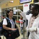Guinea, Liberia y Sierra Leona aplican filtros en sus aeropuertos para evitar expansión del #ébola FOTO:OMS http://t.co/ZDexGHlODu