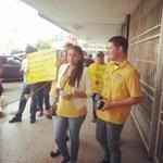RT @SandraFloresG: Hoy alzamos nuestra voz para defender nuestro derecho a comprar sin colas ni captahuellas! #Barinas http://t.co/RhYgrHNNM6