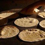 """#Tlaxcala #Náhuatl """"Lugar de tortillas y pan de maíz""""¿Que tal unas tortillas hechas a mano para disfrutar tu comida? http://t.co/lr4Cm2BFv9"""