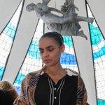RT @folha_com: Marina costuma recorrer a versículos da Bíblia para tomar decisões. http://t.co/JB7mOWZ67n http://t.co/chDbtdb9Dv