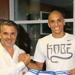 Doria s'est engagé avec l'#OM pour une durée 5 ans, pour une somme égale à celle du transfert de Lucas Mendes. http://t.co/W7RC4BttYL