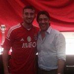 #Cristante e #RuiCosta. Complimenti e buona fortuna Bryan! @bryan_cristante @SL_Benfica  #calciomercato http://t.co/6XHqzIsx2M
