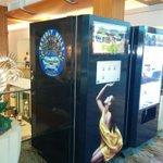 RT @AcrossLA: Caviar vending machines doesnt help #LAs rep. Starts at $50 a pop) #mydayinla #topangamall #onlyinla @SFValleyblog http://t.co/VqyQAwHSre