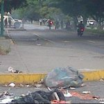 Protesta esta tarde en Av. Venezuela con Av Moran #Barquisimeto #1S @trafficTACHIRA @trafficVALENCIA http://t.co/U1WzGZpBhq