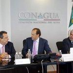 RT @David_Korenfeld: Con @AngelAguirreGro evaluamos el avance de la ampliación y mejora de la red de agua potable en Acapulco. http://t.co/AbUjf2z2Du
