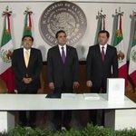 RT @informador_MEX: #140de @PresidenciaMX: @osoriochong entrega ante el Congreso de la Unión el #SegundoInforme de Gob. del Pdte. @EPN http://t.co/RWEz8pmH1k
