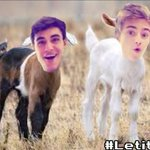 RT @JackJackJohnson: #IfMyPhoneGotHacked shit would get wild http://t.co/pzhhKdapm4 http://t.co/aJZXX2Njs3