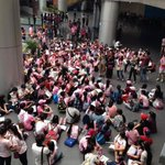 RT @Real_Chichinhu: Sones at the airport right now http://t.co/GdmHWMkNdD