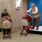"Matching the beat! @PMOIndia in ""jugalbandi"" with ceremonial Japanese drummer. http://t.co/EufFMtSER3"