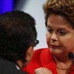 RT @folha_com: Dilma ataca Marina e diz que não dá para governar só com frases de efeito. http://t.co/8FECk6uS78 http://t.co/99MAxknflh