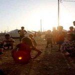 Decenas de musulmanes desafían al Estado Islámico y salvan a sus vecinos cristianos #ISIS http://t.co/lqW0PT5wFE http://t.co/EiODDZp8Pj