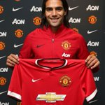 RT @MUFCScoop: BREAKING: FALCAO SIGNS FOR MANCHESTER UNITED! #MUFC http://t.co/wphieMx6HS