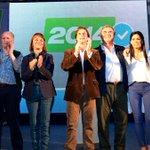 RT @alianzauy: FOTO: @luislacallepou, @jorgewlarranaga y la @lista2014 Montevideo en el Ateneo. Hay equipo! http://t.co/0IA834jqVJ