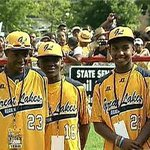 Cubs honor Jackie Robinson West little leaguers http://t.co/Nf9n1ti1bw #chicago http://t.co/BsGKOk2Mzu