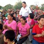 Cálida recepción al Dip Samuel @morenoteran en la colonia Las Minitas atendiendo #Hermosillo http://t.co/cCIIiX2M58
