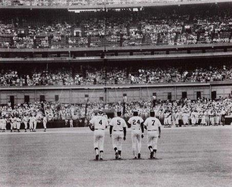 Duke Snider, Joe DiMaggio, Willie Mays, and Mickey Mantle. http://t.co/5kePBAcgZn