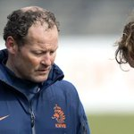 Daley Blind is the son of former Ajax defender & Holland assistant coach Danny Blind http://t.co/KO4UEtmIW1