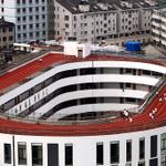 RT @samuel_wade: With state of the art curved corners RT @PDChina: A 200m-long track was built on roof of a primary school in Zhejiang http://t.co/xMgD30y5al