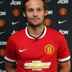 "RT @premierleague: ""I cannot wait to work with Van Gaal at the biggest club in the world"" - Daley Blind http://t.co/K8gEr194ve #MUFC http://t.co/uBVRjvVJEw"