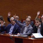 RT @ARApolitica: El Parlament crida a comparèixer Pujol per unanimitat http://t.co/dYpUSkE2bj http://t.co/t39YpngF1z