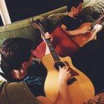 Mellow acoustic tunes with Tobes http://t.co/sGJSZoEuUs