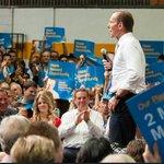 RT @chrismurphys: Abbott elected on promise of 2million jobs. Workforce drops 172,000 since elected.#auspol http://t.co/nzVYKlgtSv http://t.co/5nL9VnurTy