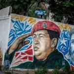 Venezolanos crean versión chavista del Padre Nuestro - http://t.co/opbcCuGdEH http://t.co/JOfZMZgBfx