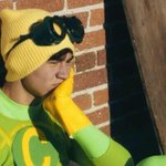 *waits for the day that Luke Hemmings of 5sos follows this account* http://t.co/q8GrcULpzR